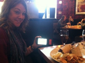 "Anna, her lunch, and her ""bionic pancreas"""